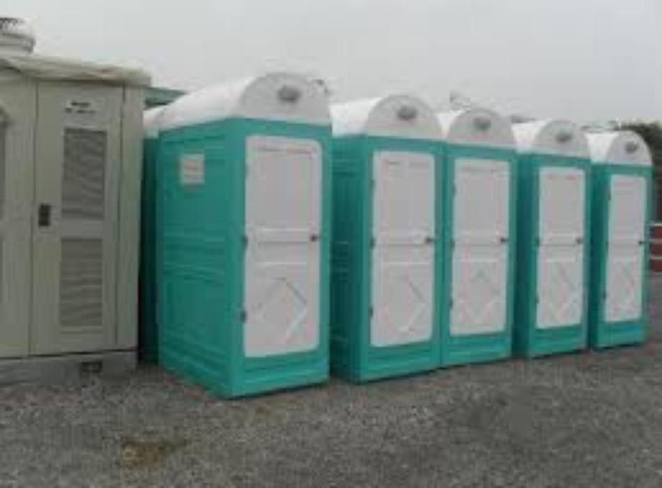 cho thuê nhà vệ sinh
