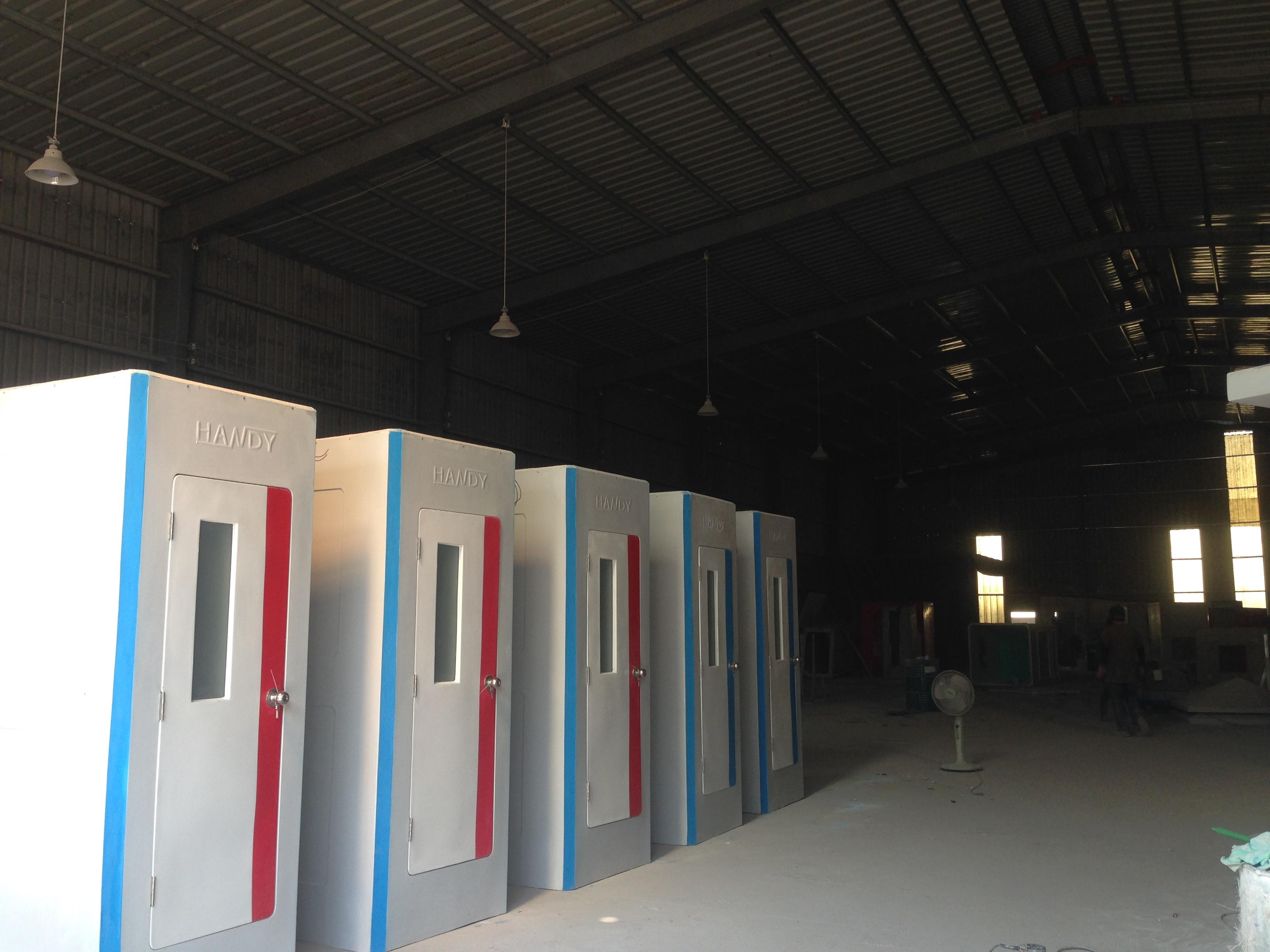 Bán và cho thuê nhà vệ sinh công trường