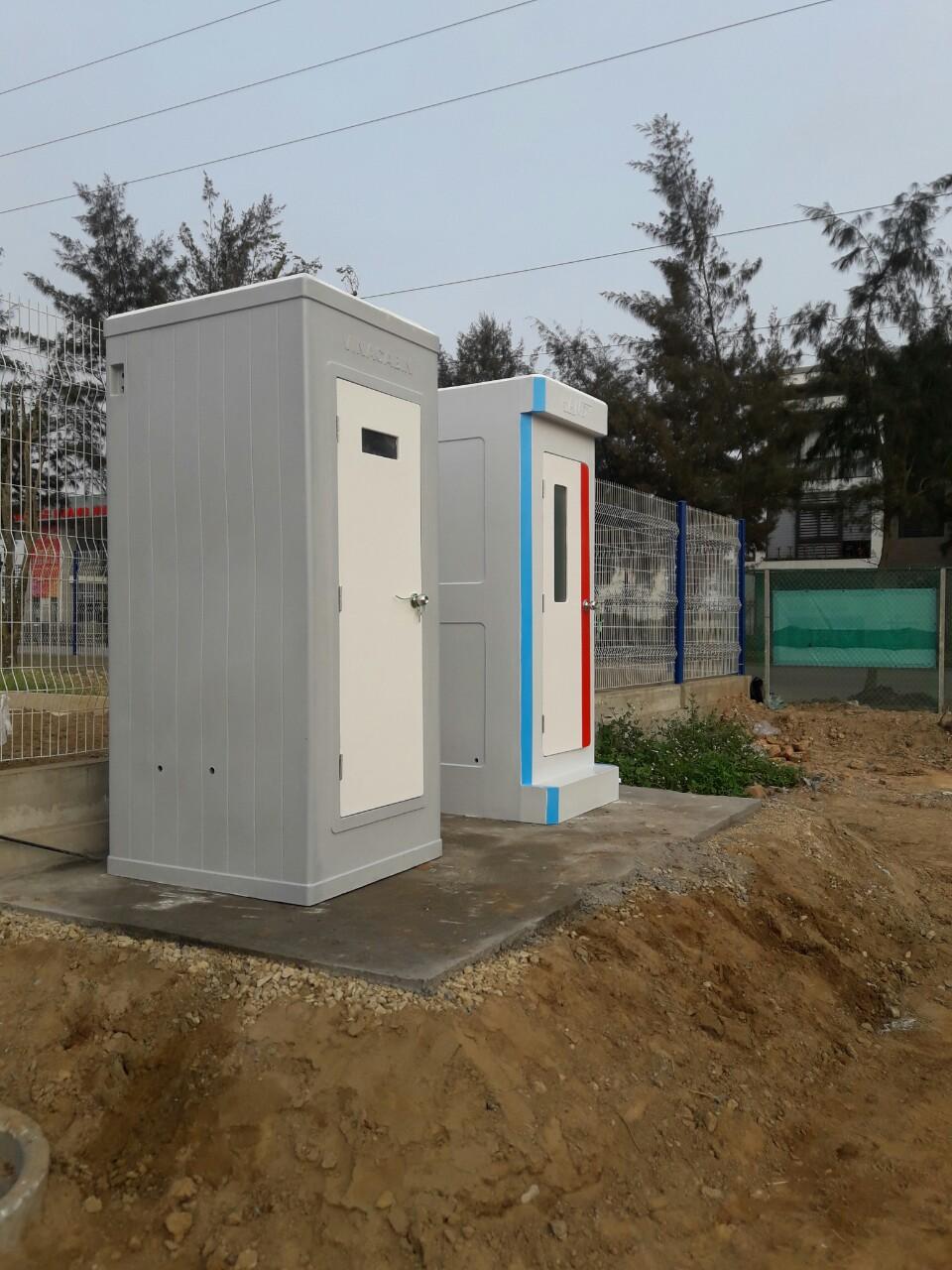 Nhà vệ sinh di động HANDY và Vinacabin tại công trường